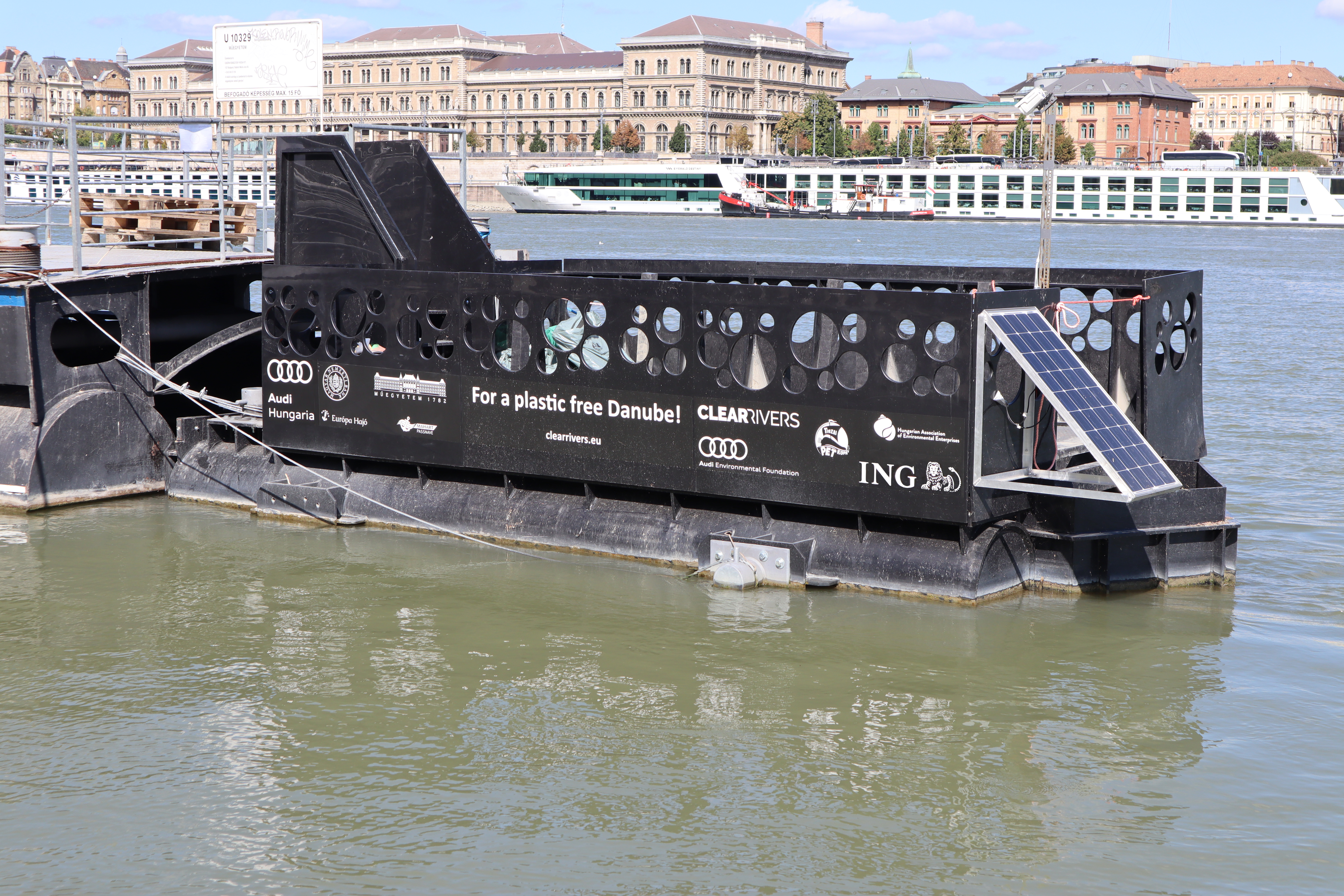 Plastic Litter from the Danube river to become new durable products