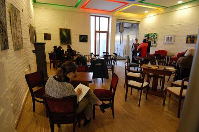 Szakmai kerekasztal egyeztetés Szolnokon a TISZApART moziban